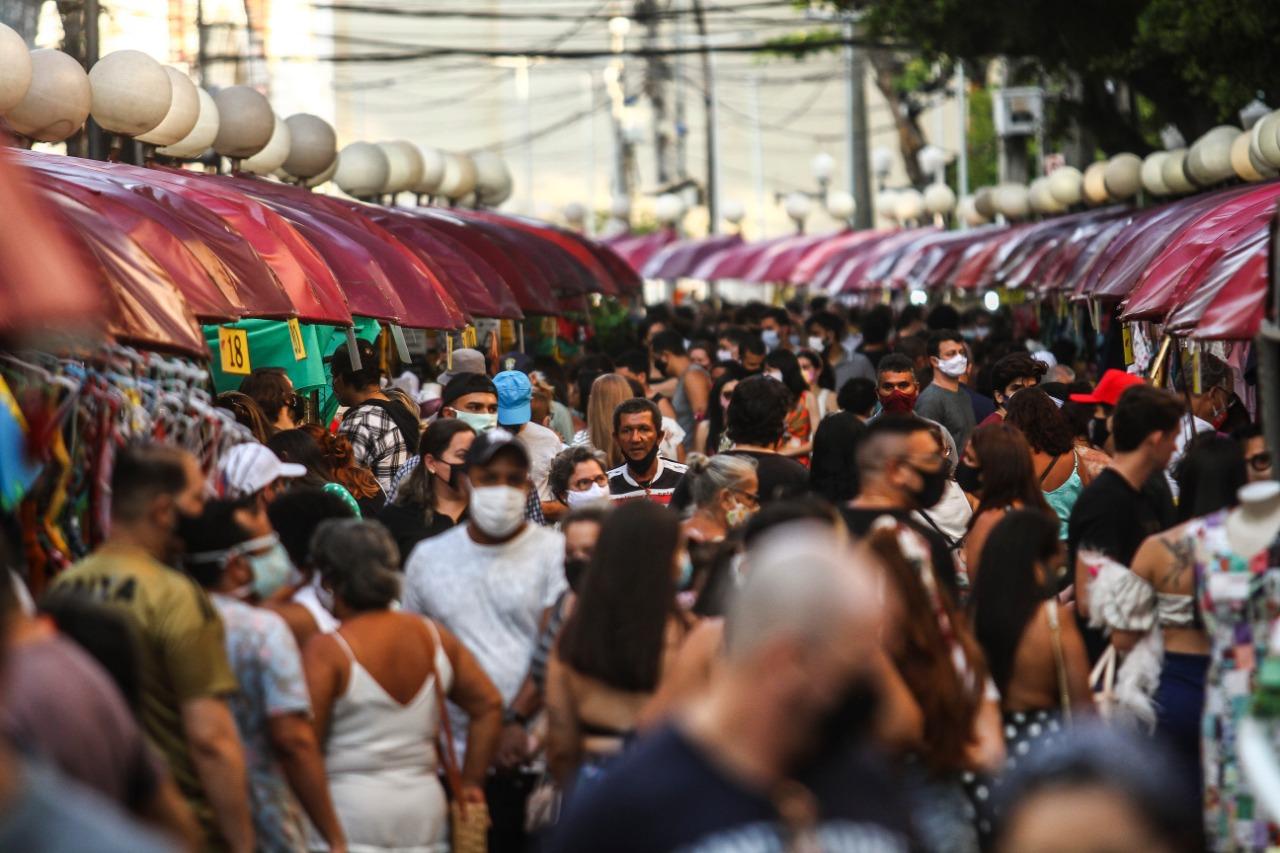 Movimentação no Recife Antigo, neste domingo (04) (Bruna Costa/Esp. DP FOTO)
