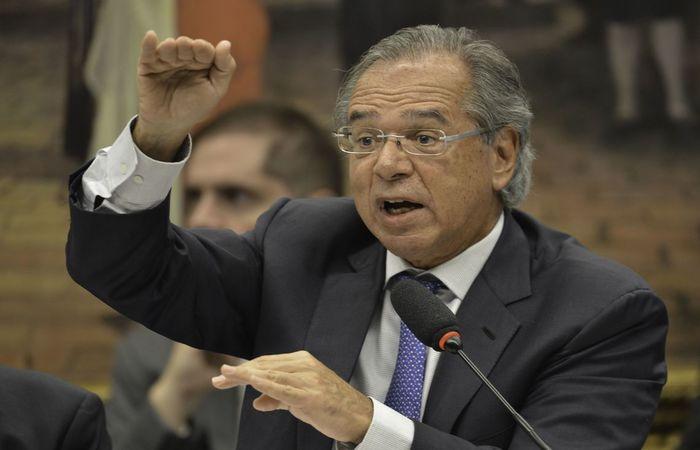 Senador Márcio Bittar se reuniu com o ministro Paulo Guedes para fechar os detalhes da nova proposta de modelo.  (Foto: Fábio Rodrigues Pozzebom/Agência Brasil)