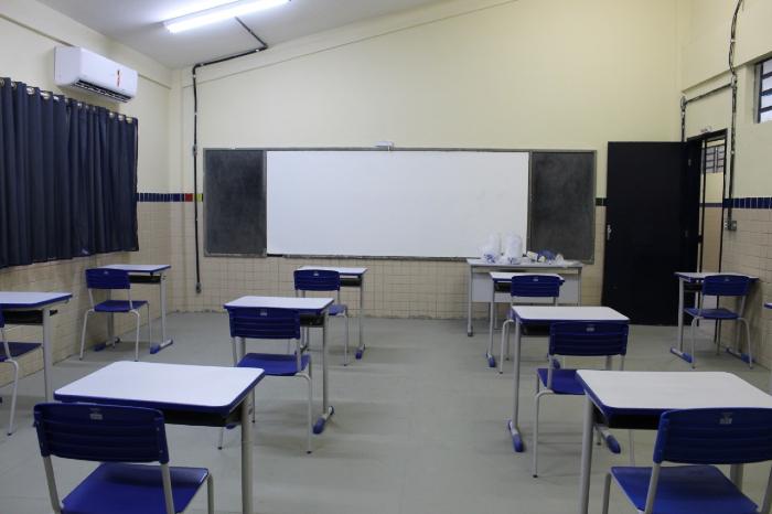 Em Pernambuco, aulas presenciais estão suspensas desde 18 de março. (Foto: Sandy James/Esp.DP)