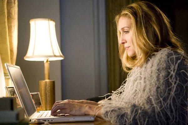 Carrie Bradshaw foi idolatrada no fim dos anos 1990 e início dos anos 2000. (Foto: Reprodução da internet)