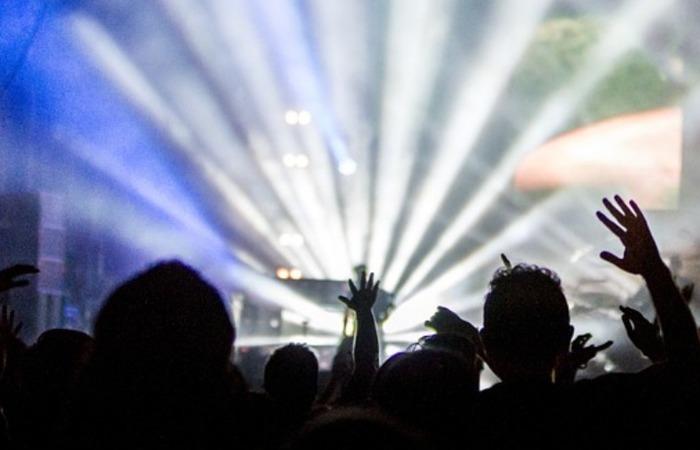 Eventos devem acontecer em locais privados e não podem ser públicos. (Foto: Pixabay/Reprodução)