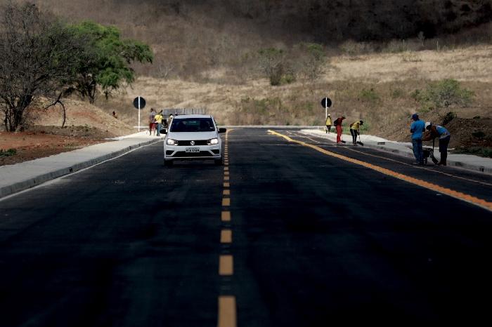 Limoeiro ganhou nova rodovia para a instalação do polo. (Foto: Heudes Regis/SEI/Divulgação)
