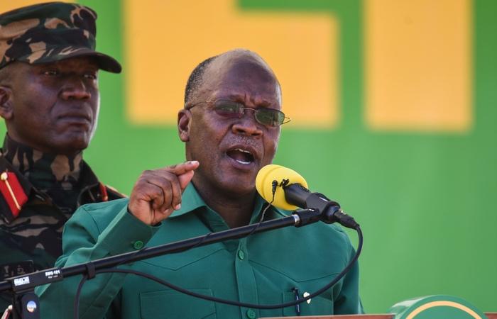 De acordo com a oposição, a reeleição do presidente John Magufuli é fraudulenta (Foto: Ericky Boniphace/AFP)