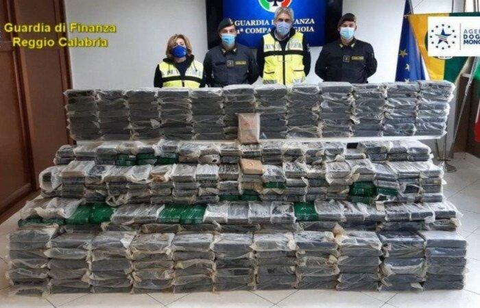 (Foto: Guarda de Finanças/Itália/Divulgação/Testa Luigi-MAR.A)