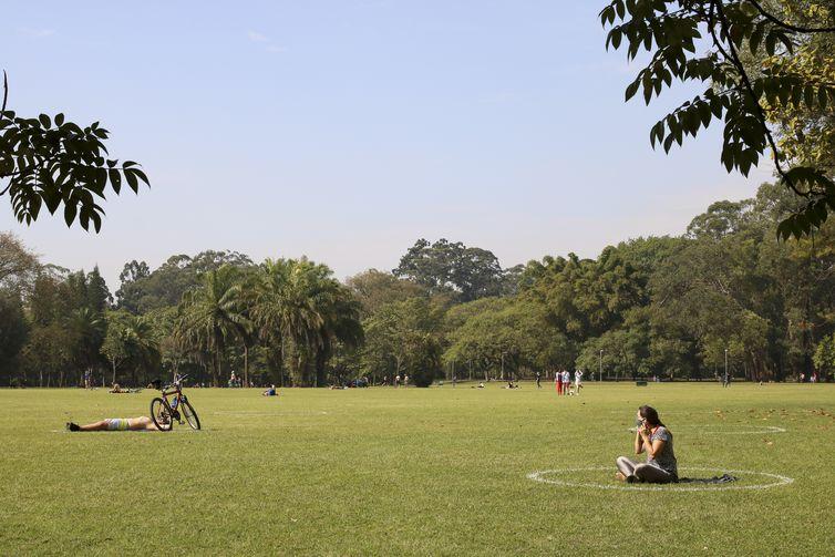 (Segundo a Organização Mundial da Saúde (OMS), a disponibilidade de áreas verdes nas cidades afeta diretamente a qualidade de vida - Rovena Rosa/Agência Brasil)