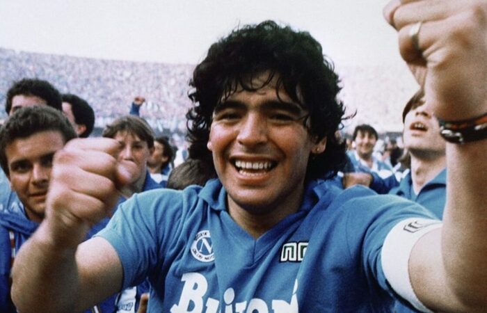 O jogador Maradona morreu nesta quarta-feira (25/11), vítima de uma parada cardiorrespiratória.  (Foto: Divulgação)