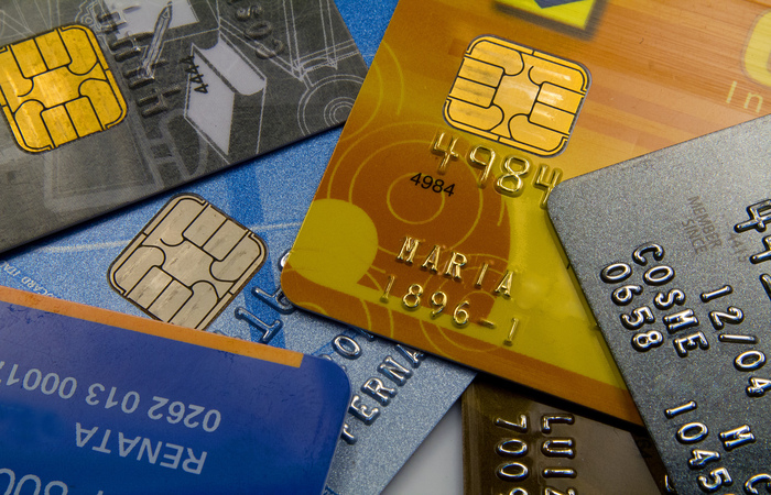 O tipo de dívida mais apontado continua sendo o cartão de crédito, com 93,7%. (Foto: Marcos Santos/USP Imagens)
