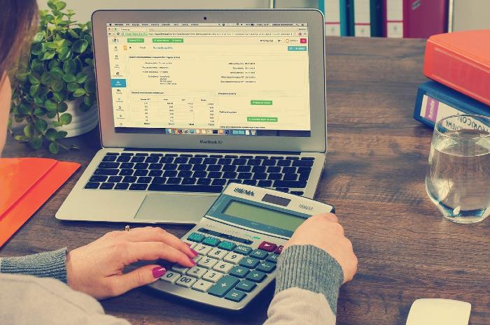 Para ter o controle, lembre-se de anotar todos os gastos. (Foto: Pixabay/Reprodução)