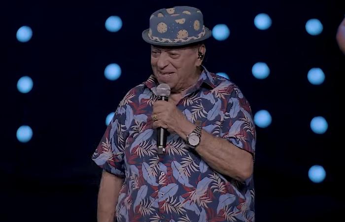 Genival Lacerda durante o show Minha Estrada (Foto: YouTube/Reprodução)