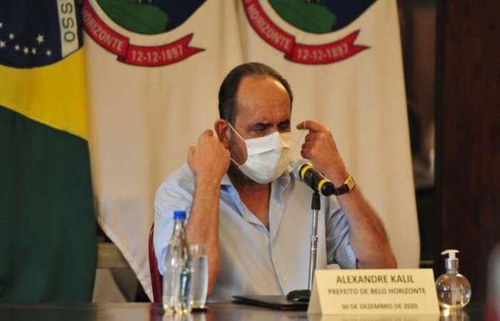 Segundo jornalista, prefeito se emocionou ao falar sobre impactos do coronavírus (Foto: Tulio Santos/EM/D.A Press)