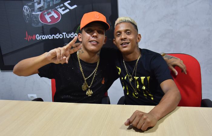 MC Elvis e Troinha (Foto: André Santos/Divulgação)
