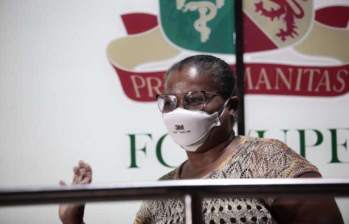 Perpétua do Socorro será a primeira a receber a dose. Foto: Arnaldo Sete/DP (Foto: Arnaldo Sete/DP)