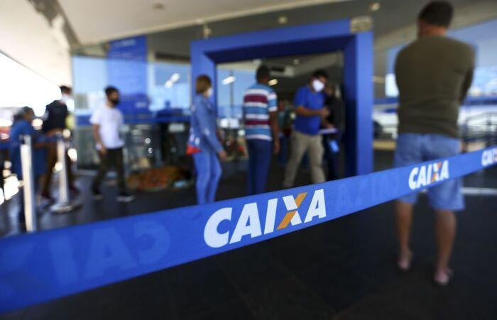 A Caixa depositará o dinheiro na conta corrente informada pelo trabalhador ou na conta poupança digital. (Foto: Marcelo Camargo/Agência Brasil)
