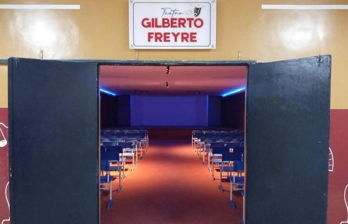 ETE Professor Alfredo Freyre ganhou novo espaço cultural (Foto: Educação-PE/Divulgação)