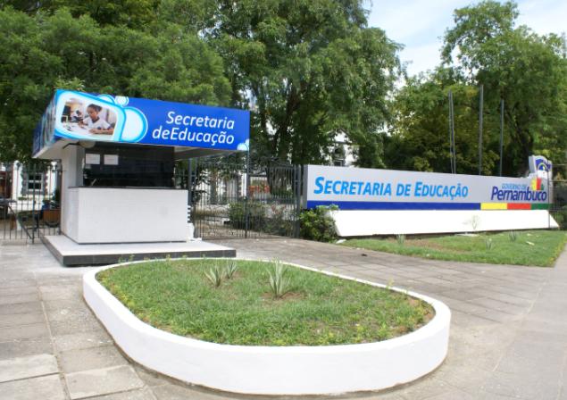 Secretaria de Educação de Pernambuco oferece mais de 3,5 mil vagas para cursos de idiomas | Local: Diario de Pernambuco