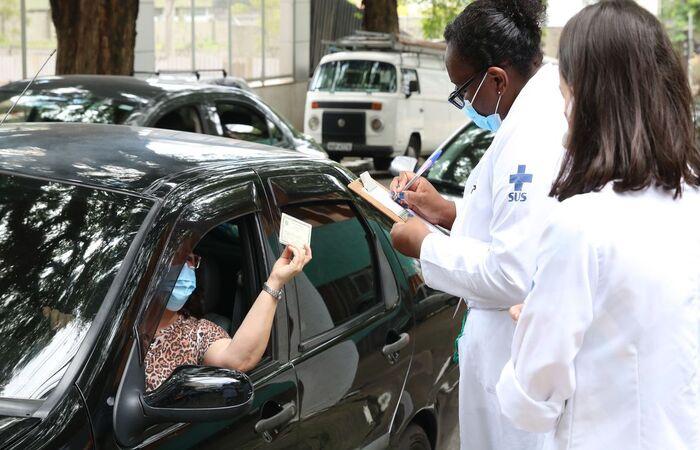 Estimativa é atender 2,2 mil pessoas com idade acima de 60 anos (Foto: Rovena Rosa/Agência Brasil )