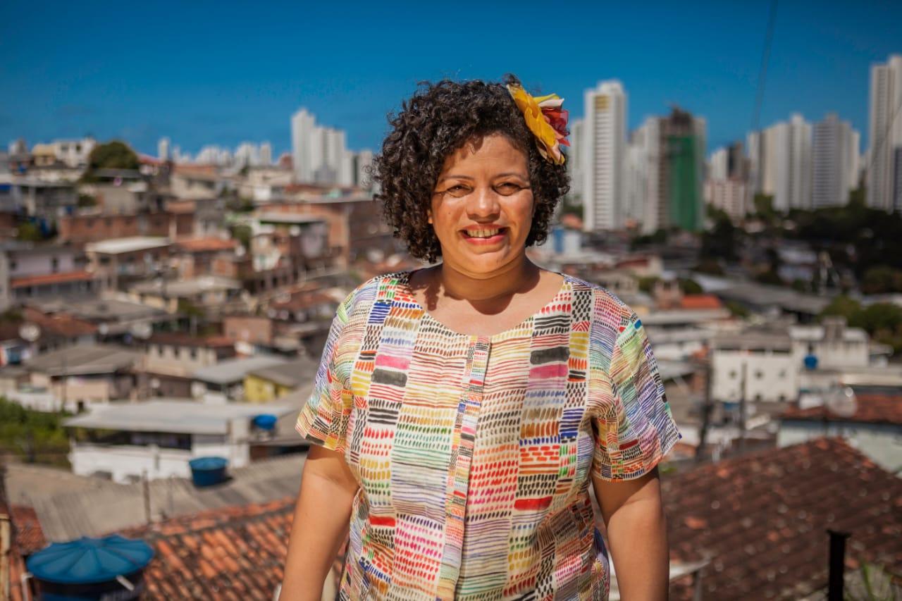(Tom Cabral/ Divulgação)