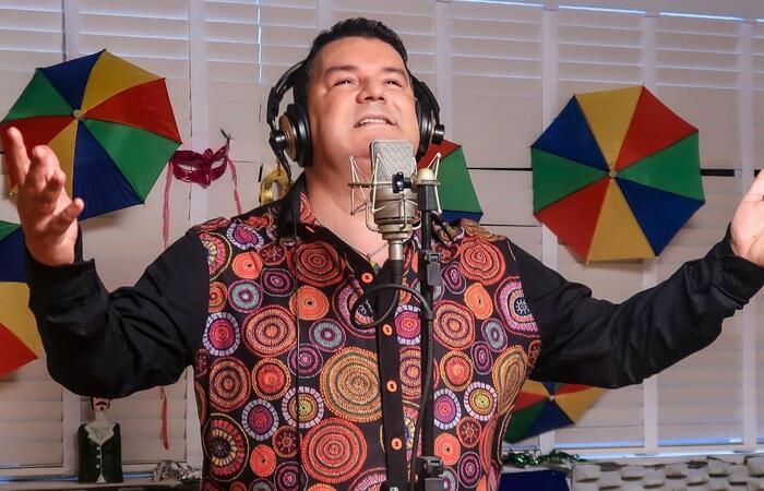 Em carnaval atípico, o cantor lança música acompanhada de videoclipe (Foto: Divulgação)