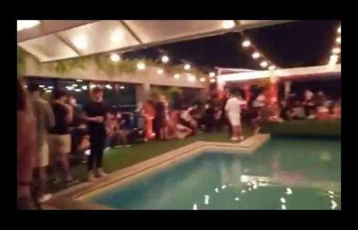 Imagem de festa no Hotel Pestana, na orla de Copacabana, no Rio de Janeiro. Festa foi interrompida pela prefeitura (Foto: Twitter/Reprodução)