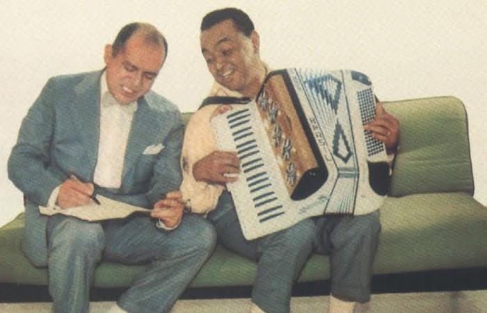 Zé Dantas e Luiz Gonzaga (Foto: Prefeitura de Carnaíba/Divulgação)
