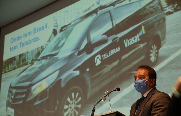 O presidente da Telebras, Jarbas Valente, durante apresentação à imprensa do Protótipo de conexão de internet móvel via satélite para veículos (Foto: Marcello Casal Jr/Agência Brasil )