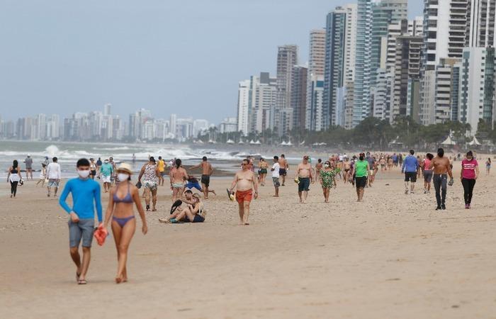 (Nas praias, no entanto, será permitida apenas a prática de atividades esportivas individuais. Foto: Leandro de Santana/Arquivo DP)