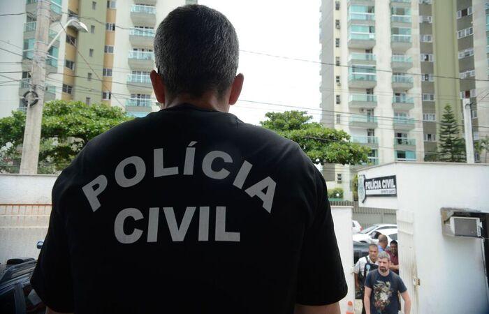 Duas pessoas foram presas em Niterói, no Grande Rio  (Foto: Tânia Rêgo/Agência Brasil )