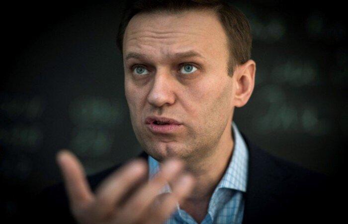 Navalny foi detido ao retornar para a Rússia em janeiro, após vários meses de convalescença na Alemanha, onde se recuperava de um envenenamento  (Foto: MLADEN ANTONOV / AFP)