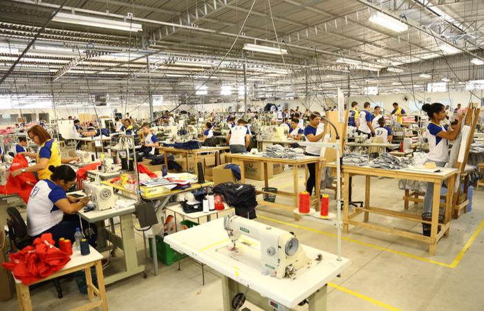 Serão selecionados 10 negócios formais da confecção. (Foto: Rhudá Jardim/Divulgação)