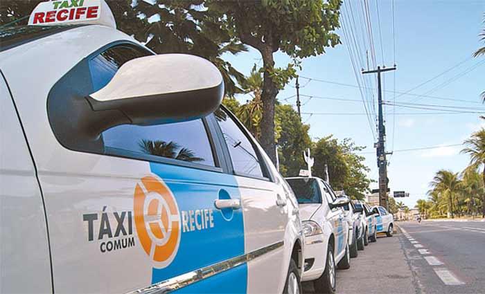 Taxistas tiveram o adiamento dos prazos para o recadastramento do exercício 2021. (Foto: Tânia Passos/Arquivo DP)