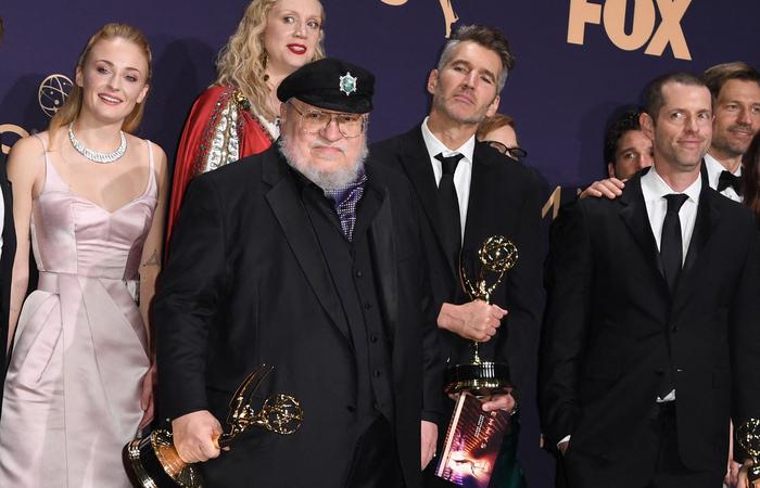 O autor recentemente renovou seu contrato com a HBO e continua na criação de vários produtos derivados da série (Foto: Robyn Beck/ AFP)