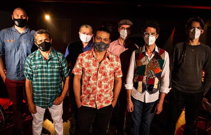 O cantor paraibano apresenta show gravado com 11 músicas inéditas (Foto: Luan Cardoso/Divulgação)