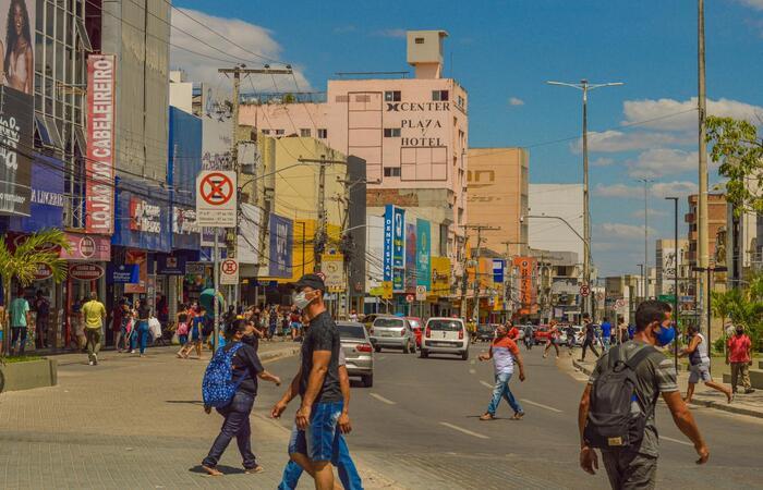 Comércio em geral poderão funcionar das 8h às 18h, de segunda-feira a sexta-feira. (Foto: Janaína Pepeu/Prefeitura de Caruaru/Divulgação. )