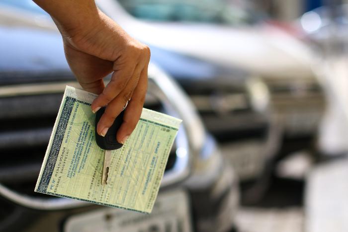 Maior queda no estado foi na categoria Automóveis e Veículos, com recuo de 45%. (Foto: Marlon Diego/Arquivo DP)