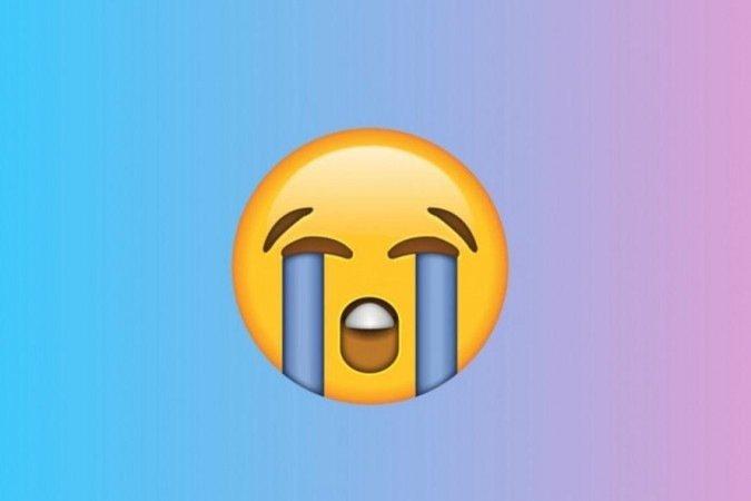 (O emoji mais publicado, no início de 2021, no Twitter foi o emoji que mostra um rosto chorando escandalosamente, segundo a Emojipedia. Foto: Reprodução)