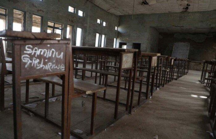 O Exército conseguiu resgatar cerca de 180 estudantes  (Kola Sulaimon/AFP)