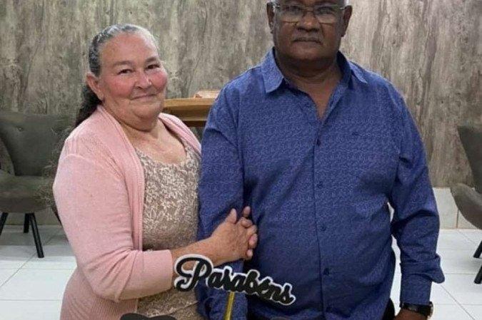 (Antônio Ferreira, 67 anos, e Francisca Leite, 65 anos, eram casados há 47 anos. Foto: Arquivo pessoal)