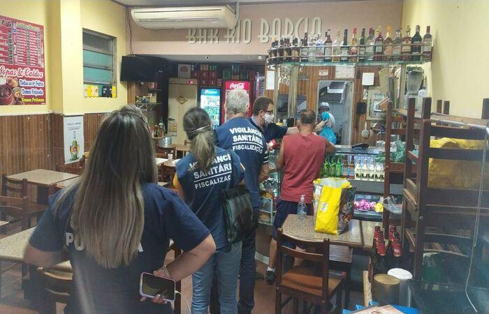 Nas últimas horas 140 estabelecimentos foram fechados (Divulgação/Prefeitura do Rio de Janeiro)