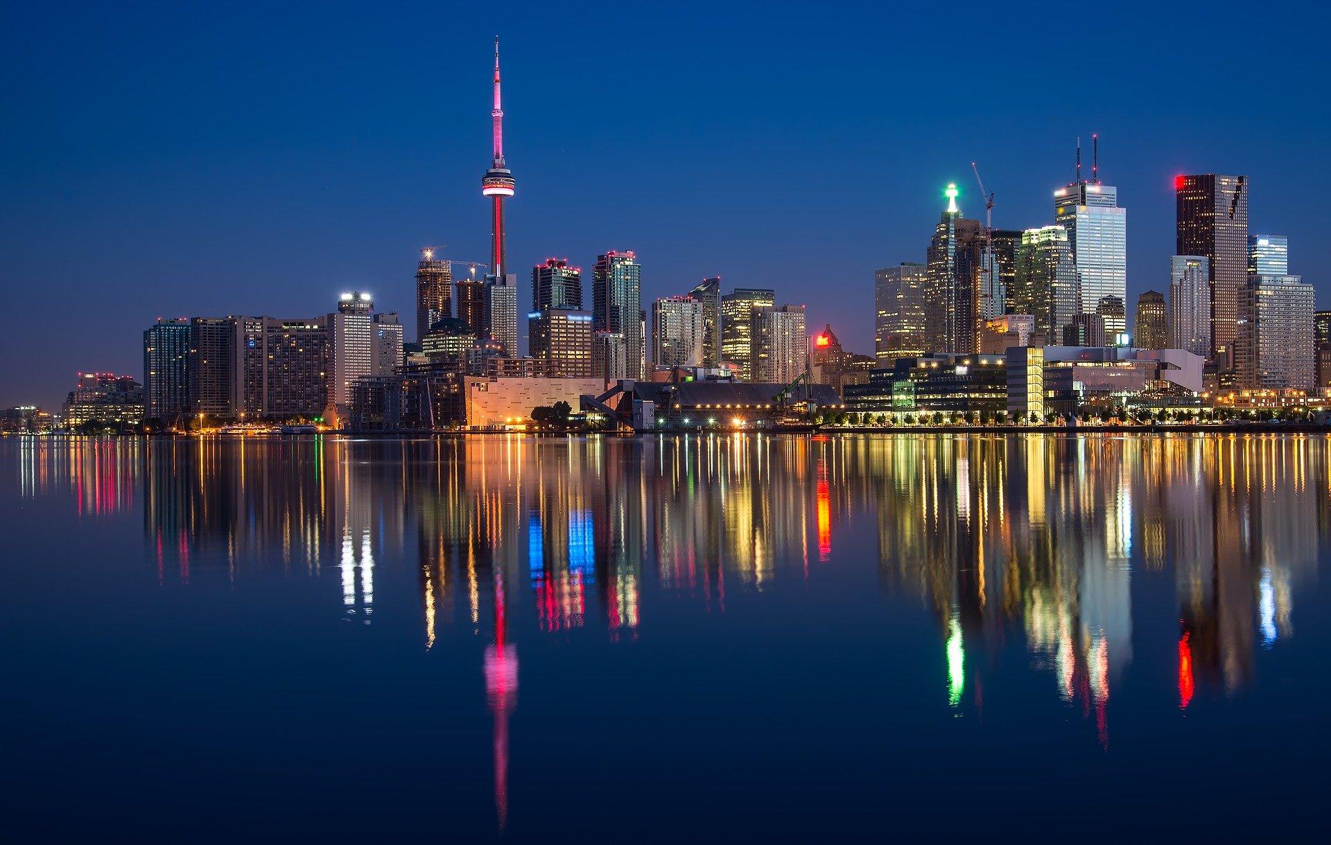 (As opções de programas são oferecidas nas cidades de Montreal, Toronto e Vancouver e as vagas são para áreas de turismo, tecnologia e empreendedorismo. Foto: Reprodução/Pixabay)