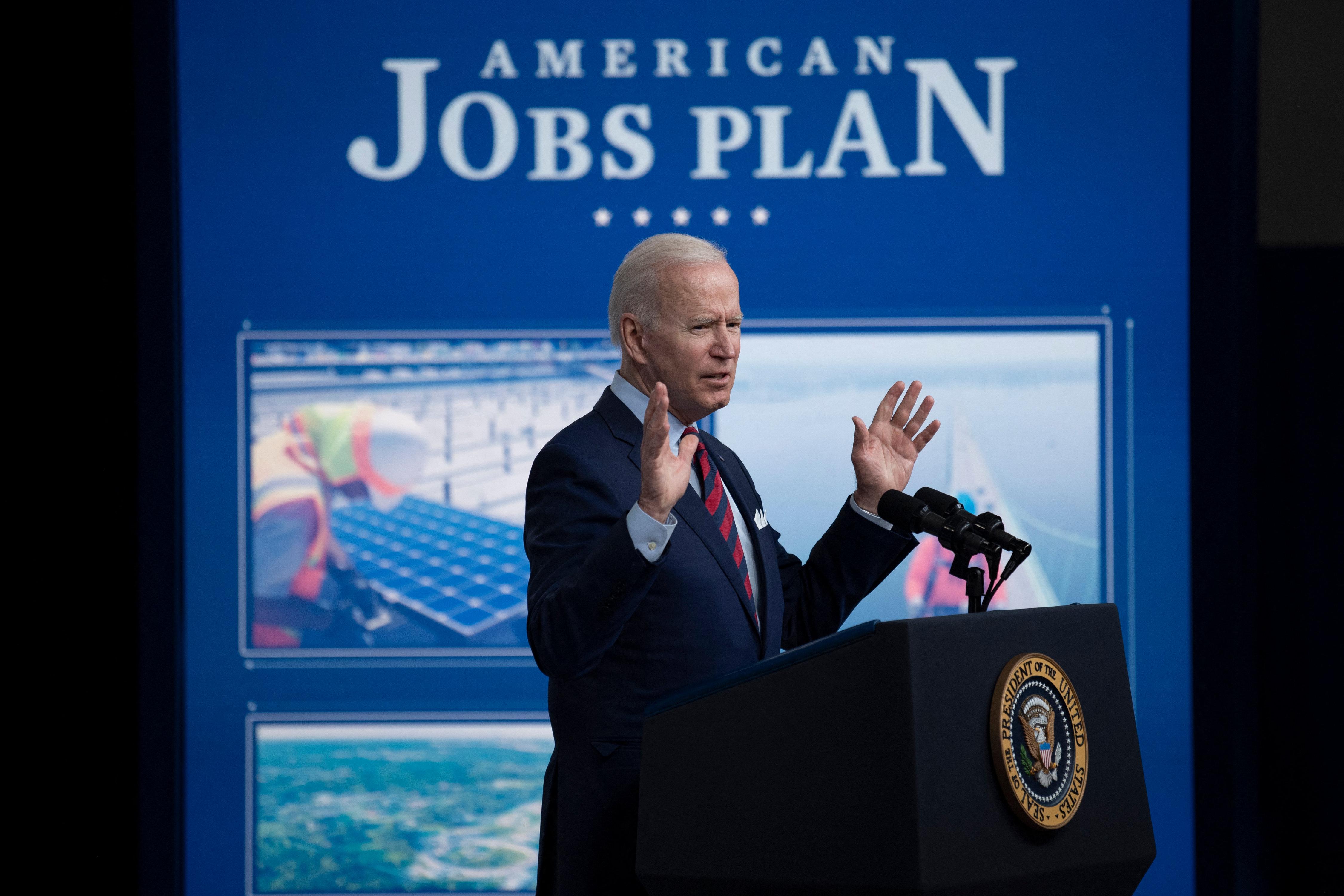 (Segundo Biden, em meio a tantas mudanças no mundo, os Estados Unidos devem liderar transformações. Foto: Brendan Smialowski / AFP  )