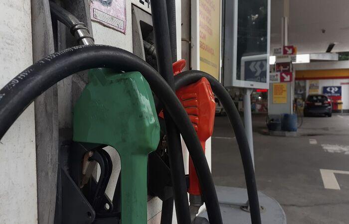 Litro do diesel passará a custar R$ 2,76, e o da gasolina, R$ 2,64  (Fernando Frazão/Agência Brasil)
