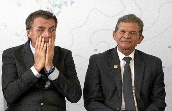 Novos diretores são funcionários de carreira e considerados qualificados  (crédito: Mauro Pimentel/AFP)