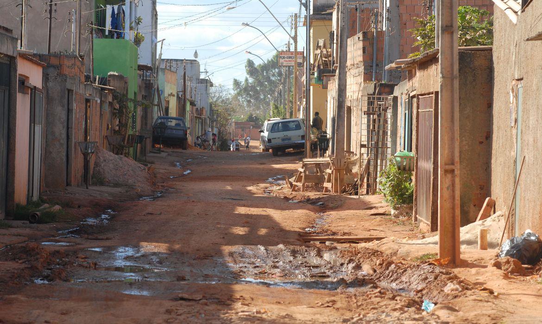 (São cariocas e fluminenses que vivem com R$ 89 por mês. Foto: Arquivo/Agência Brasil)