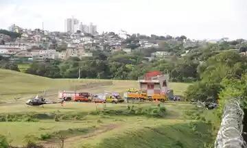 (Piloto de avião que se acidentou tinha intenção de fazer quatro toques e arremetidas no Aeroporto da Pampulha. Foto: Juarez Rodrigues/EM/D.A Press)