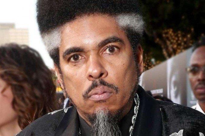 (O rapper ganhou fama no final dos anos 1980, quando formou o grupo Digital Underground com Chopmaster J e Kenny-K. Foto: Divulgação)