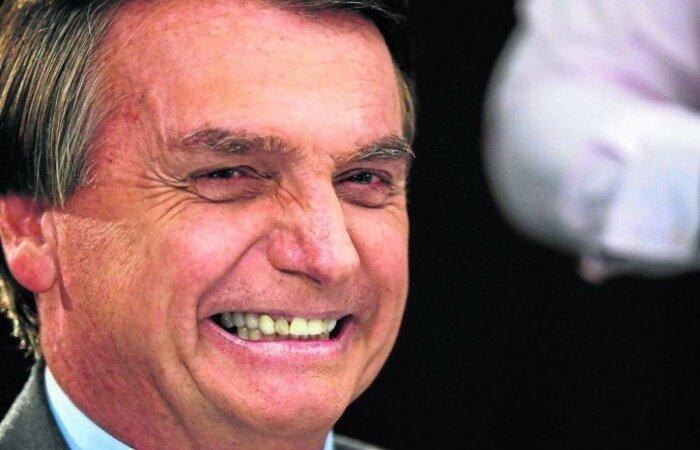 """Presidente ainda agradeceu ao ex-ministro Pazuello pelo serviço e relatou que em seu governo, """"o Brasil começou a sair das garras da nefasta esquerda brasileira"""". (crédito: Isac Nobrega)"""