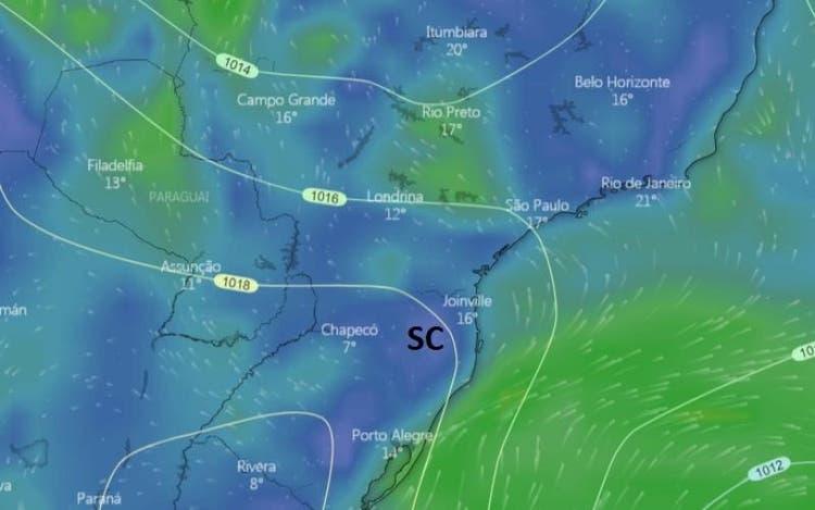 (Quarta será o dia onde a massa de ar frio mais estará próxima de SC. Foto: Reprodução/Windy)