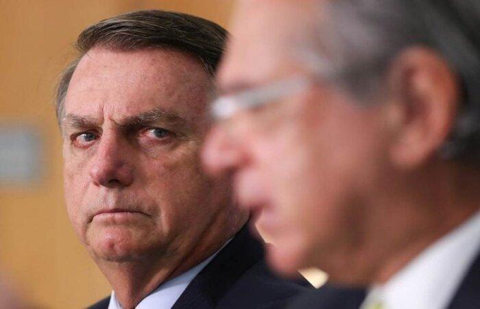"""Mandatário afirmou ainda que """"apesar dos problemas, a economia está indo bem"""" no Brasil e criticou o lockdown adotado por governadores e prefeitos em meio à pandemia. (crédito: Marcos Correa/PR)"""