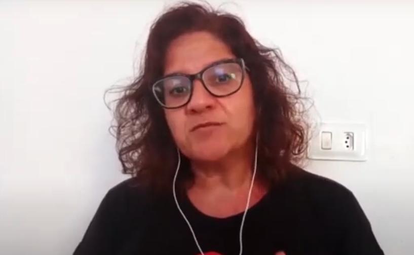Coordenadora geral do Simpere, Claudia Ribeiro, durante reunião virtual. (Reprodução/Redes Sociais/Simpere)