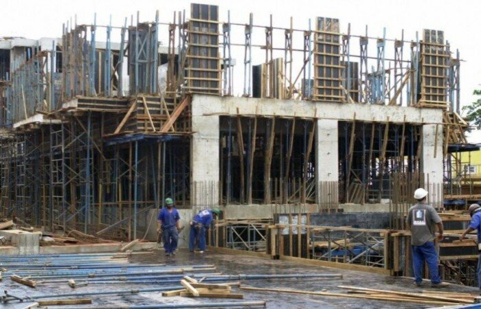 Dados apresentados pela Câmara Brasileira da Indústria da Construção (CBIC) demonstram o impacto das dificuldades impostas pelo desabastecimento de materiais e pela alta dos preços. Estimativa para o PIB do setor em 2021 caiu de 4% para 2,5%  (crédito: Antonio Cruz/Agência Brasil )
